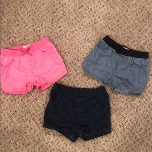 Children's Place- Set of 3 shorts- Size 5T